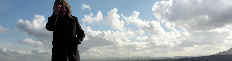 joe-in-clouds