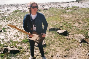 joe-perkins-analogue-portishead-beach-1